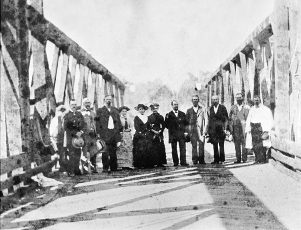 "sc17321 ""First toll bridge across Sacramento River, Chico, 1879."""